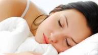 Per dormire meglio bisogna iniziare a lavorare più tardi