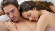 Dormire con il partner allunga la vita