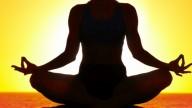 Praticare yoga aumenta la fertilità