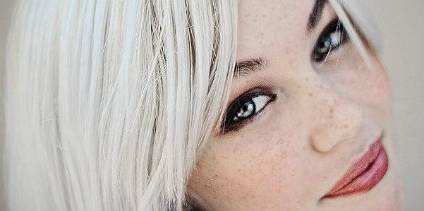 Un integratore contro i capelli bianchi