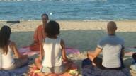 Yoga al mare nelle Marche