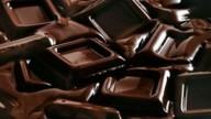 Cioccolato fondente contro le gambe pesanti
