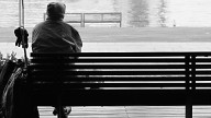 La solitudine indebolisce le difese immunitarie