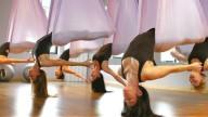 Yoga: Madonna lancia il Red Velvet