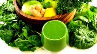 Un succo verde contro il mal di testa