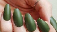 Olive Green Manicure, il trend per la Primavera/Estate2018