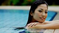 Vi piace la piscina? Ecco come proteggersi dal cloro!