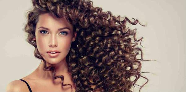 Maschera all'arnica per capelli più forti