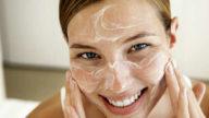 Maschera viso anti-age con bicarbonato e uovo