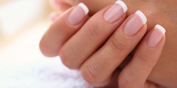 Rimedi naturali: unghie più forti con l'aglio