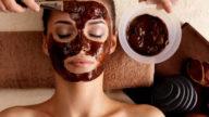 Una maschera fai da te contro le rughe