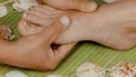 Cellulite? La cura parte dai piedi