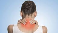 5 consigli per evitare contratture al collo in telelavoro